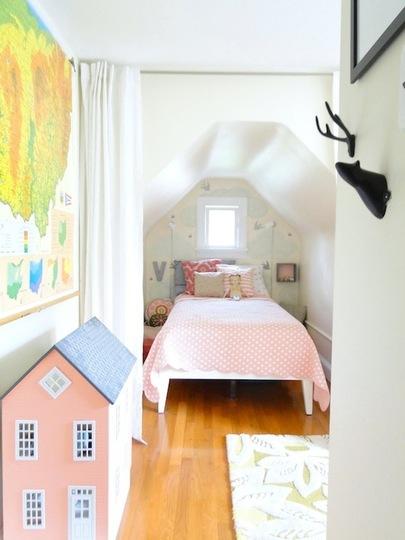 A-Lovely-Lark-Violets-Room-37_rect540