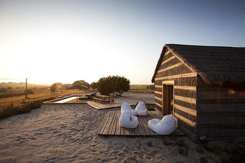 casasnaareia-beach-style-retreat-portugal-exterior