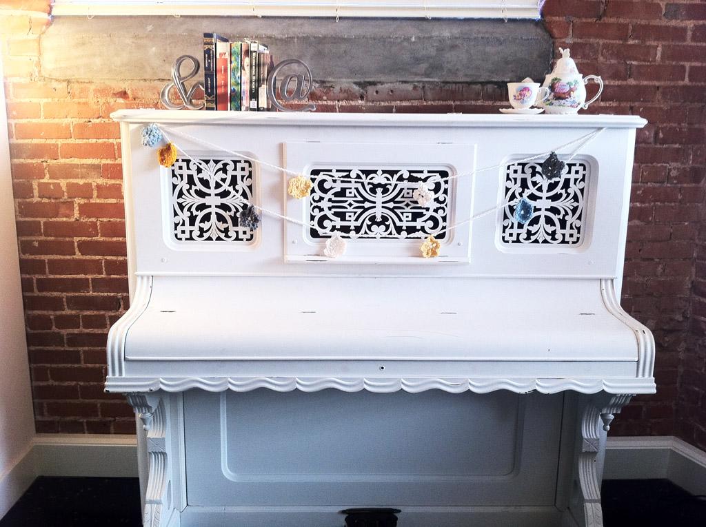 Покраска пианино в белый цвет своими руками