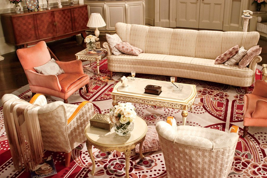 item8.size.0.0.great-gatsby-movie-set-design-07-daisy-buchanan-sitting-room