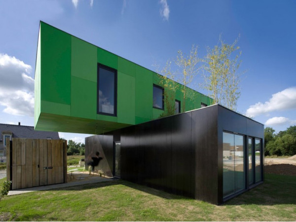 roundup-container-homes-crossbox-by-cg-architects-600x450