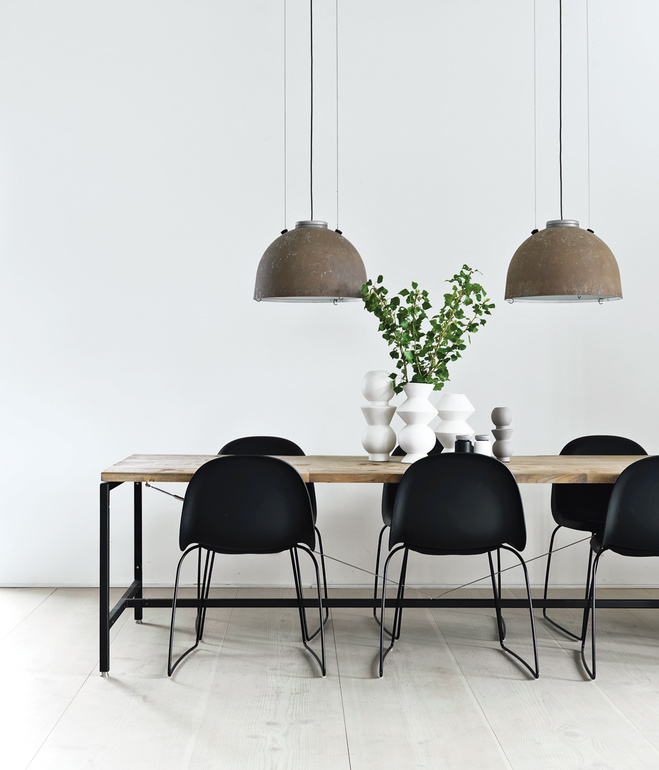 great-danes-dining-area