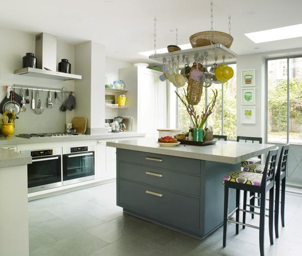 1340190962_kitchen
