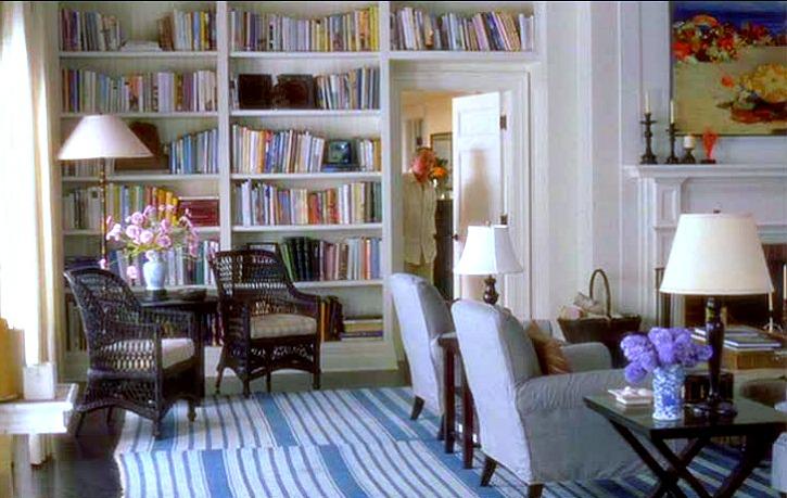 Somethings-Gotta-Give-house-living-room-shelves