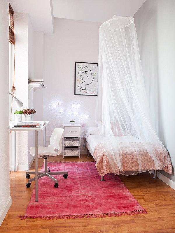 las-habitaciones-tienen-una-cuidada-decoracion_ampliacion
