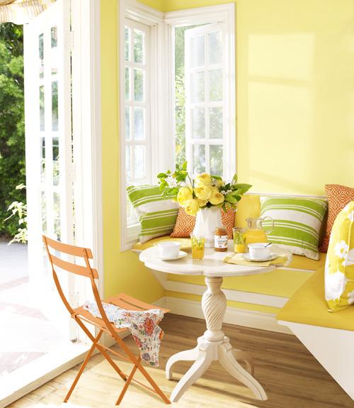 01-on-the-sunny-side-breakfast-nook-0710-xln