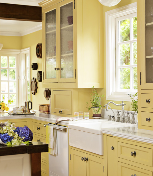 02-on-the-sunny-side-kitchen-0710-xln