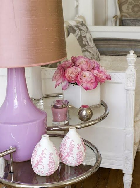 pantone-colour-of-the-year-2014-radiant-orchid