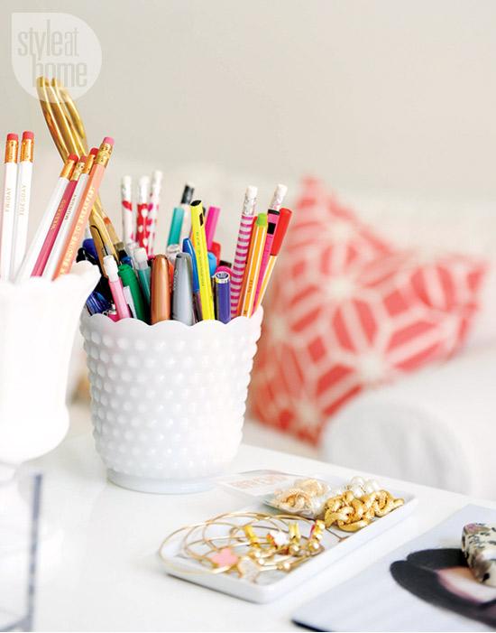 interior-whitebeige-pencilcup