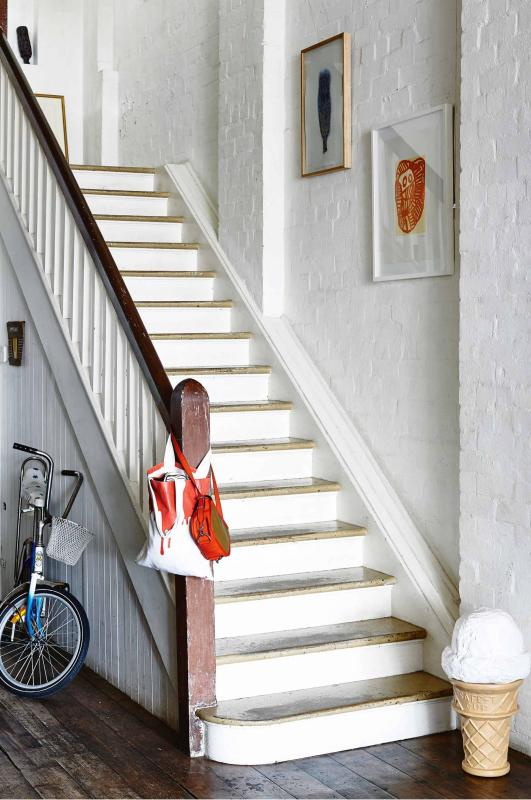 staircase-saskia-folk-home-mar15-20150303132045~q75,dx1920y-u1r1g0