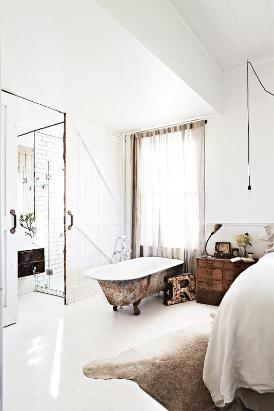 Kali+Cavanagh+-+Vintage+House+Daylesford+Inside+Out+Image+image+by+Armelle+Habib