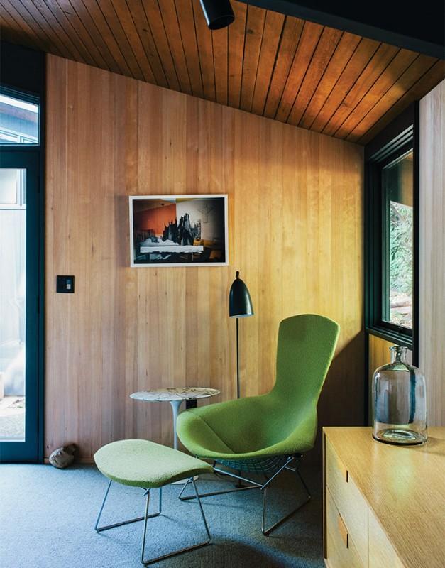 midcentury-renewal-bird-chair-harry-bertoia