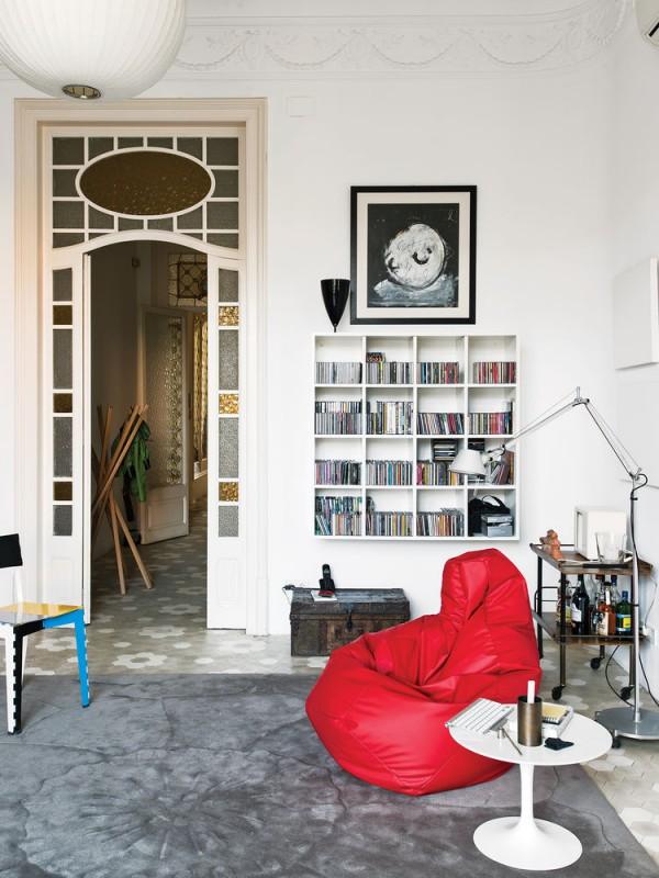 calheiros-apartment-library