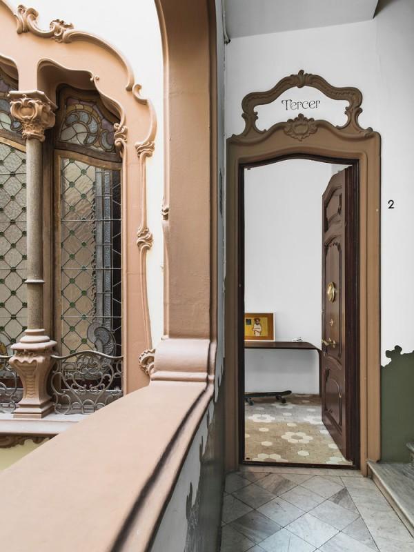 calheiros-hallway