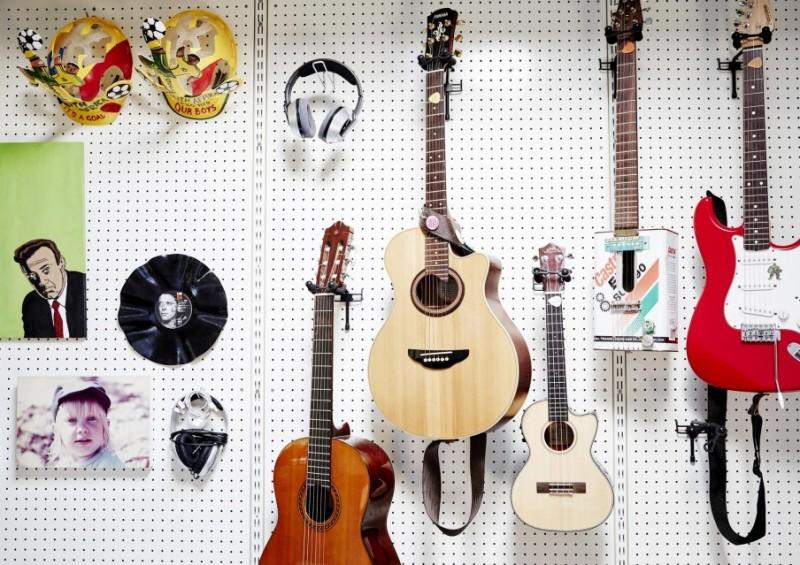 9-gitaren