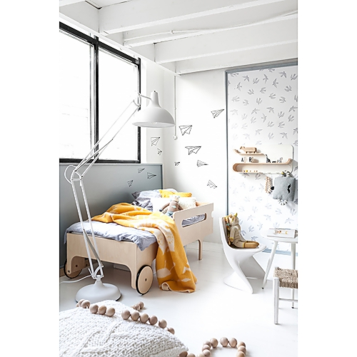 cache_500_500_1_92_100_16777215_Rafa-kids toddler room with grey in ornage 01 copy