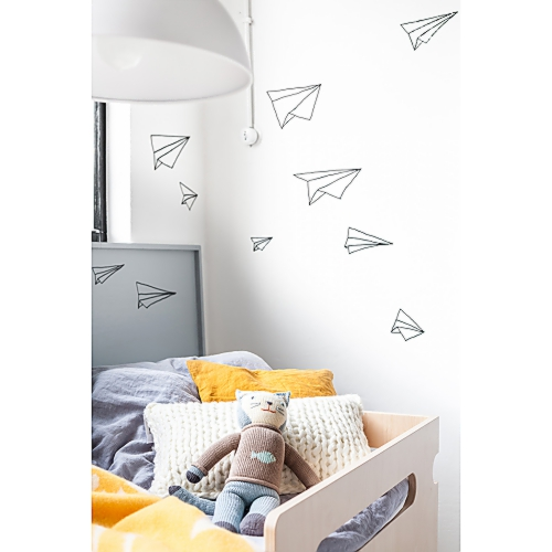 cache_500_500_1_92_100_16777215_Rafa-kids toddler room with grey in ornage 06