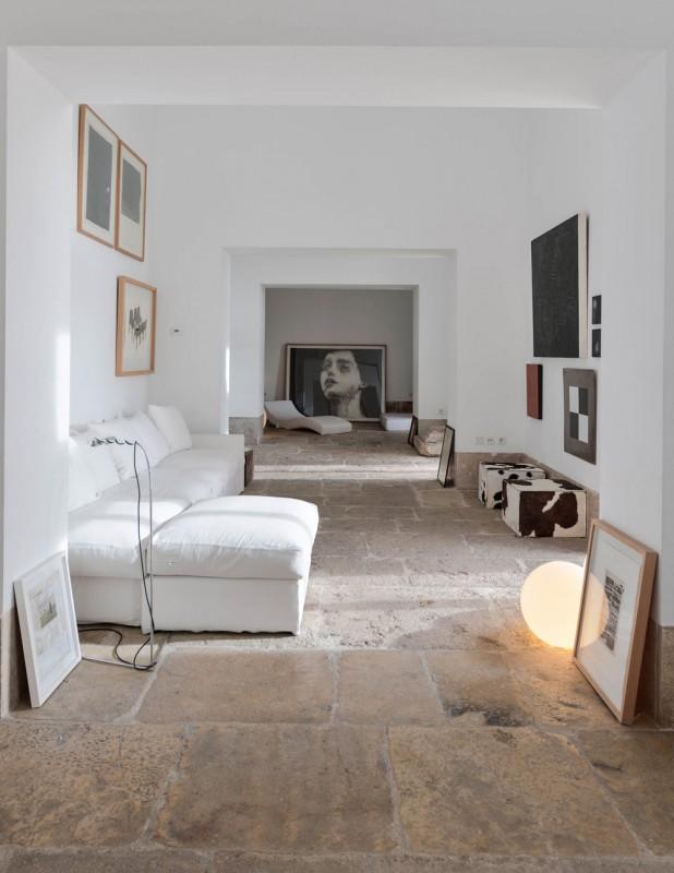 Oracle-Fox-Sunday-Sanctuary-Industrial-Interior-Concrete-Wood-Minimal-101
