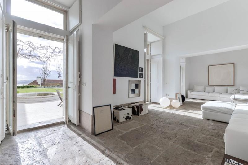 Oracle-Fox-Sunday-Sanctuary-Industrial-Interior-Concrete-Wood-Minimal-12