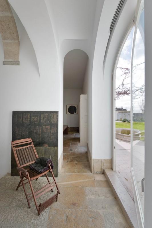 Oracle-Fox-Sunday-Sanctuary-Industrial-Interior-Concrete-Wood-Minimal-14