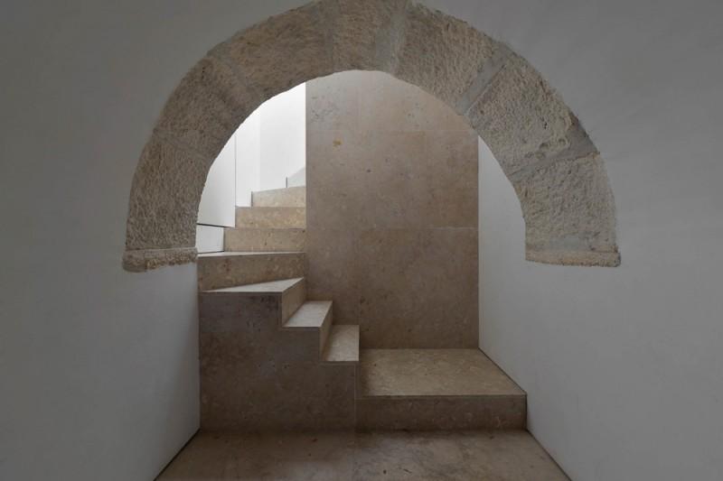 Oracle-Fox-Sunday-Sanctuary-Industrial-Interior-Concrete-Wood-Minimal-28