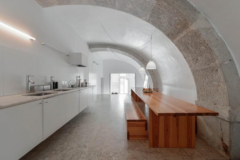 Oracle-Fox-Sunday-Sanctuary-Industrial-Interior-Concrete-Wood-Minimal-5