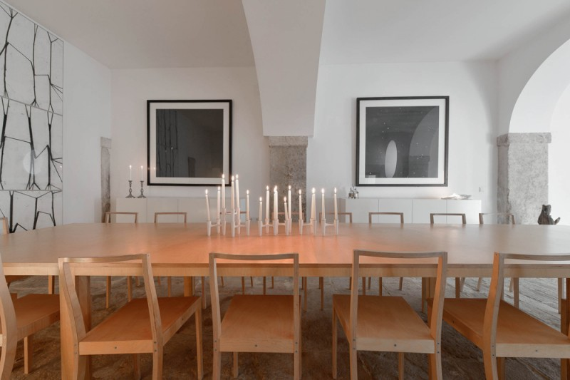 Oracle-Fox-Sunday-Sanctuary-Industrial-Interior-Concrete-Wood-Minimal-6