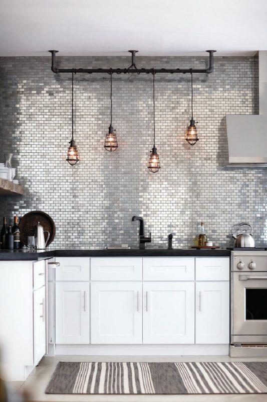 Wiszące-oświetlenie-kuchni-loftowej-1000x1500