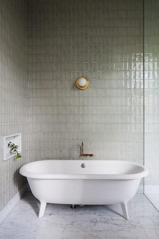 modern-bathtub-hecker-guthrie