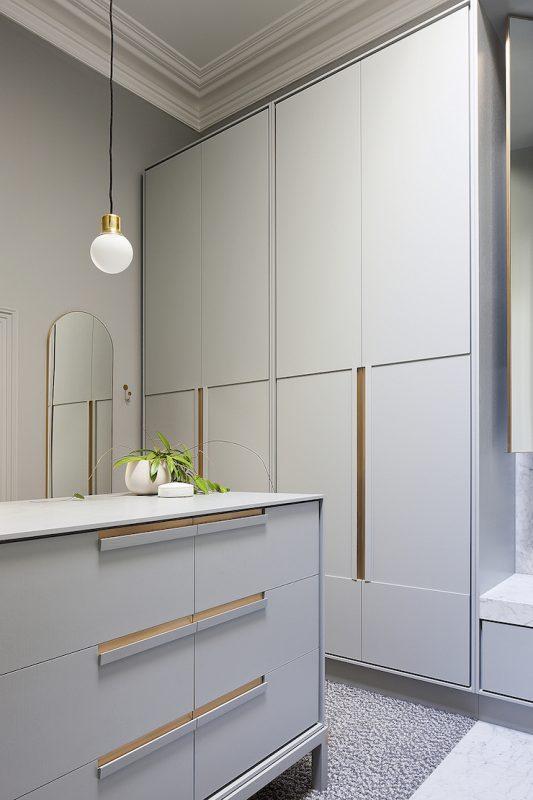 pale-grey-cabinets-hecker-guthrie
