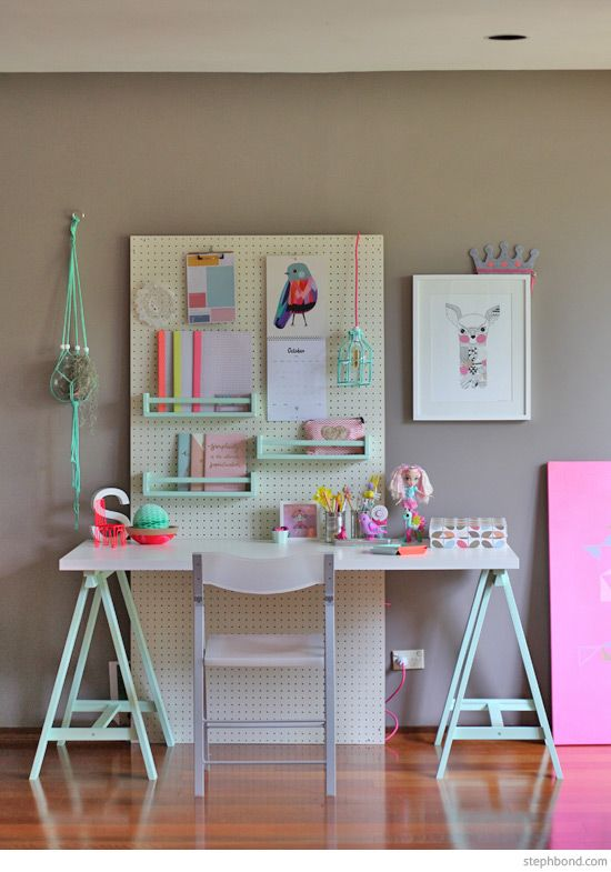 bondville-girls-study-desk