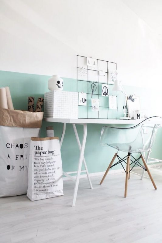 desk_and_mint_wall