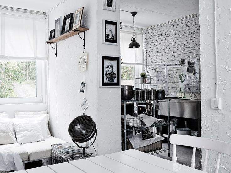 04-2015-container-interior-home-decoration-kontti-cottage-scandinavia-finnish-interior-lessismore-photo-krista-keltanen-08(pp_w735_h551)