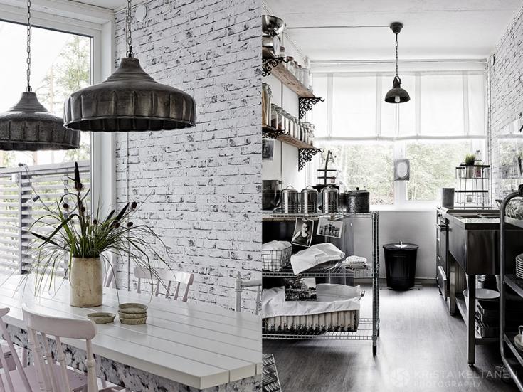 04-2015-container-interior-home-decoration-kontti-cottage-scandinavia-finnish-interior-lessismore-photo-krista-keltanen-10(pp_w735_h551)
