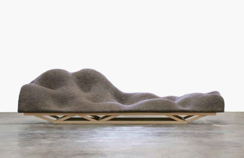 large-brainwave-sofa1060