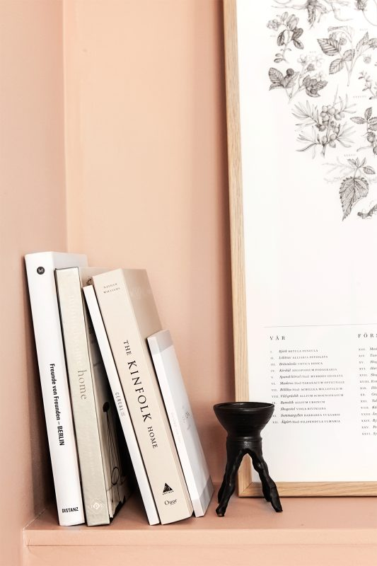 Peachy pink nordic apartment in Stockholm