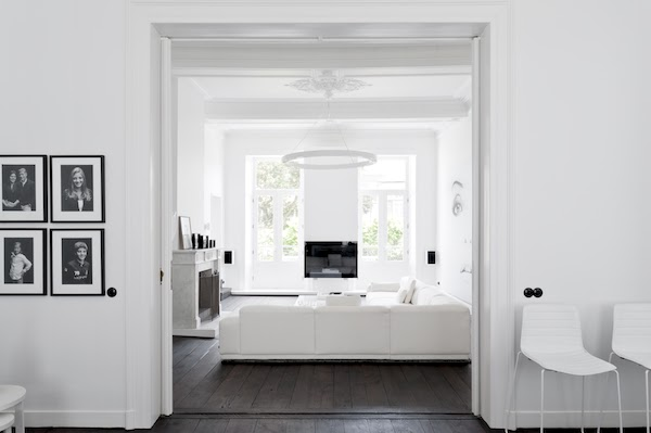 Total white home in Maastricht-1