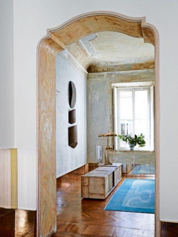 A_Milanese_palazzo_of_Vincenzo_de_Cotiis-4