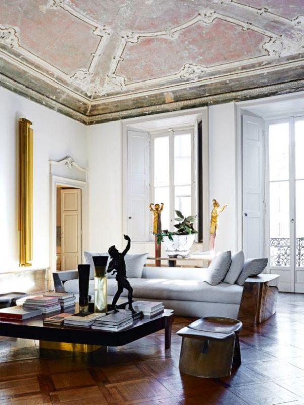 A_Milanese_palazzo_of_Vincenzo_de_Cotiis-1