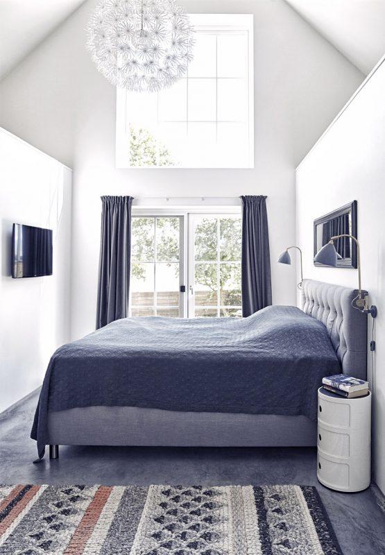 sovevaerelse-rolige-nuancer-hotelstil-nybyggeri-nordsjaelland-2RwS-3-64nJm17vIa944lw
