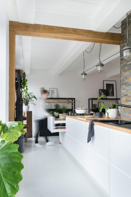 Woontrendz-binnenkijken-bij-jellina-keuken-1